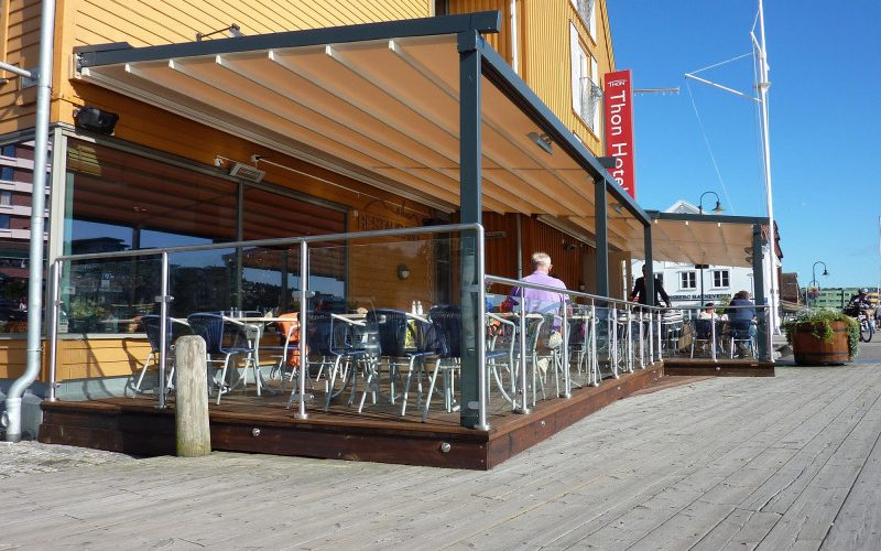 Restaurant Shade Systems4